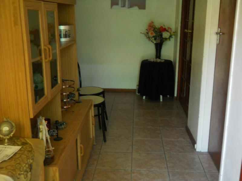 Property For Sale in Grassy Park, Cape Town 16