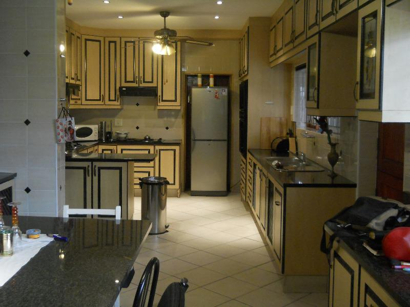Property For Sale in Grassy Park, Cape Town 7