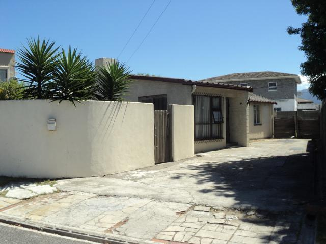 Property For Sale in Crawford, Cape Town 2