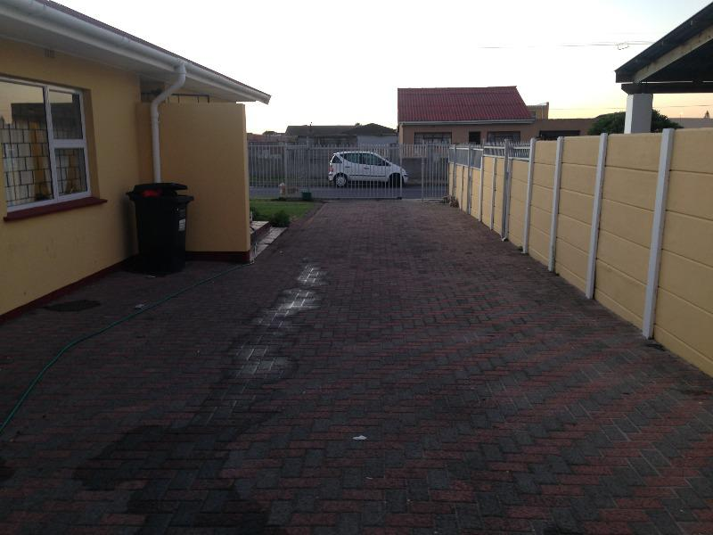 Property For Sale in Lotus River, Cape Town 8