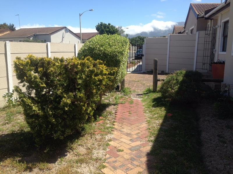 Property For Sale in Diep River, Cape Town 4