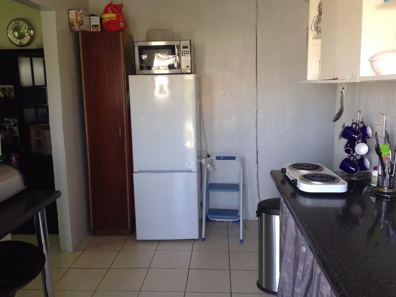 Property For Sale in Westridge, Cape Town 16