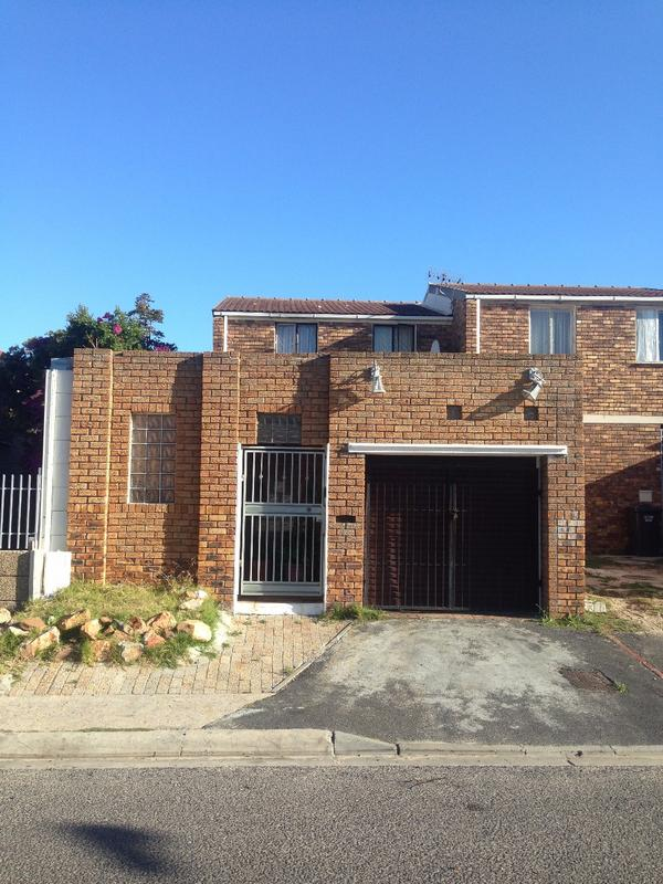 Property For Sale in Westridge, Cape Town 2