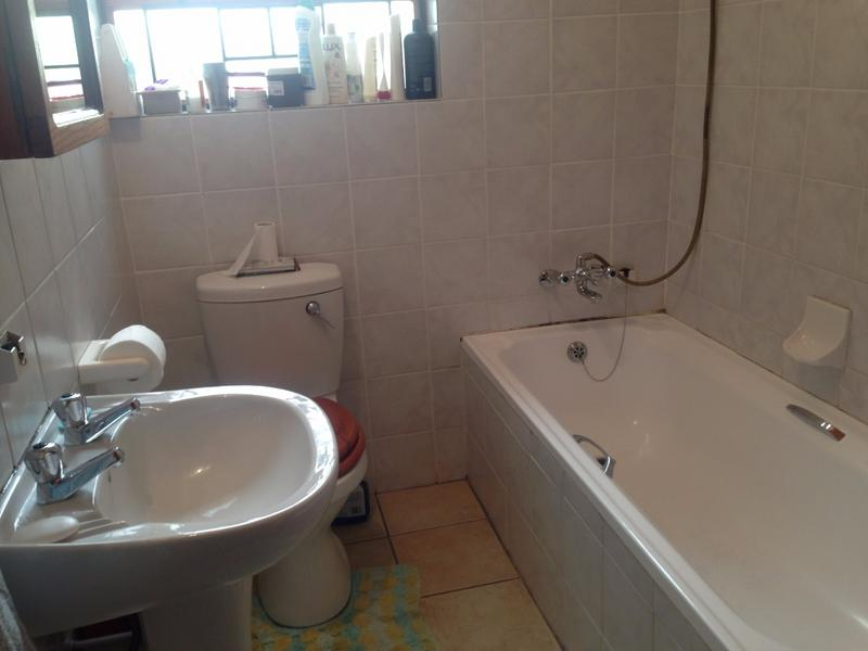 Property For Sale in Lansdowne, Cape Town 10