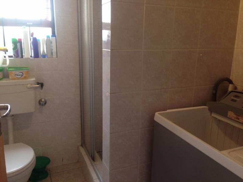Property For Sale in Lansdowne, Cape Town 11