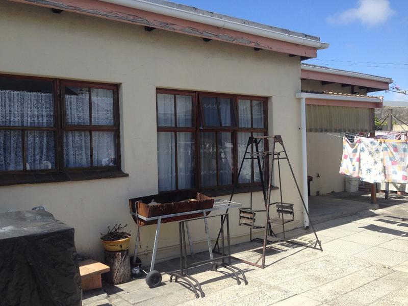 Property For Sale in Lansdowne, Cape Town 19