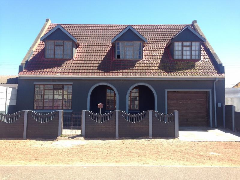 Property For Sale in Manenberg, Cape Town 1