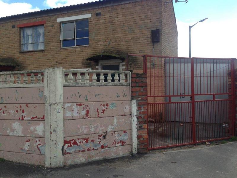 Property For Sale in Manenberg, Cape Town 7