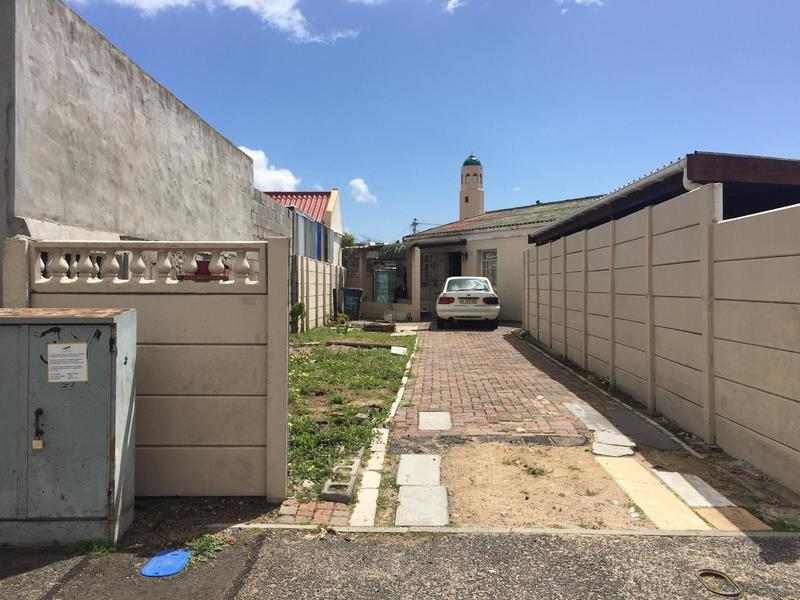 Property For Sale in Hazendal, Cape Town 2