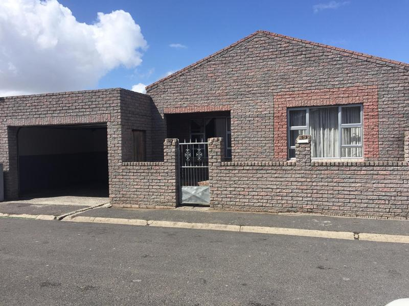 Property For Sale in Hazendal, Cape Town 3