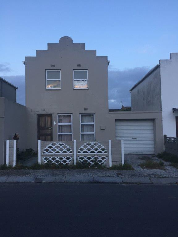 Property For Sale in Strandfontein, Cape Town 1