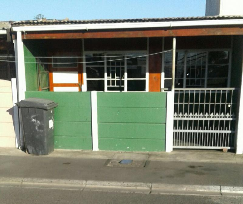 Property For Sale in Hanover Park, Cape Town 1