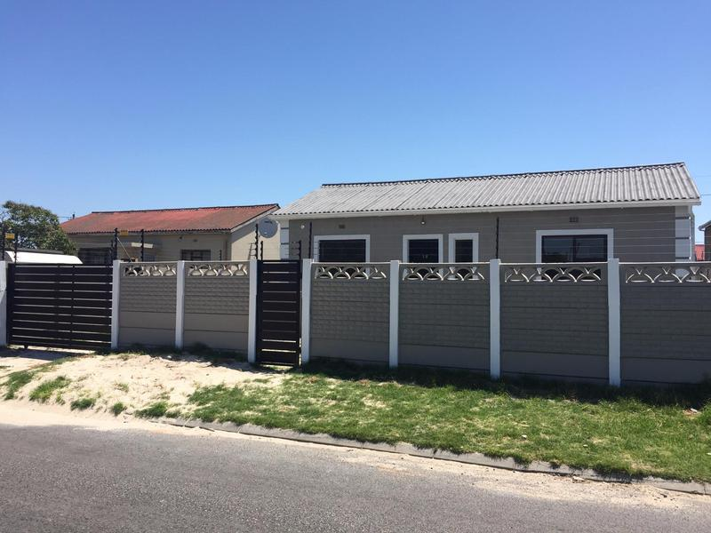 Property For Sale in Ruyterwacht, Goodwood 1