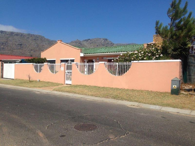 Property For Sale in Sheraton Park, Cape Town 2