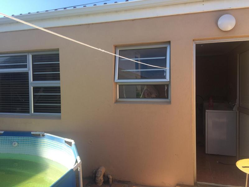 Property For Sale in Grassy Park, Cape Town 23