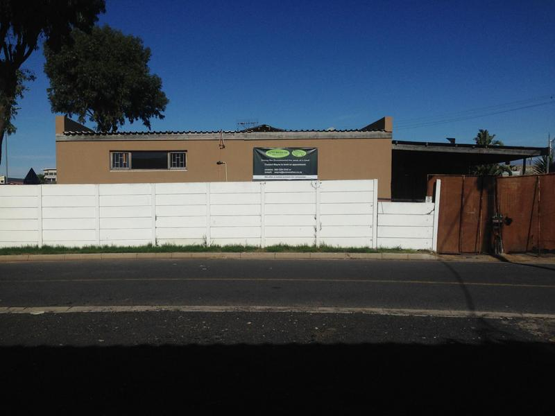 Property For Sale in Silvertown, Cape Town 3