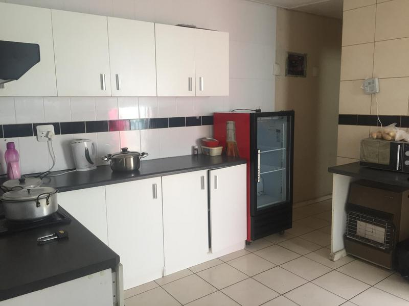 Property For Sale in Kewtown, Cape Town 16