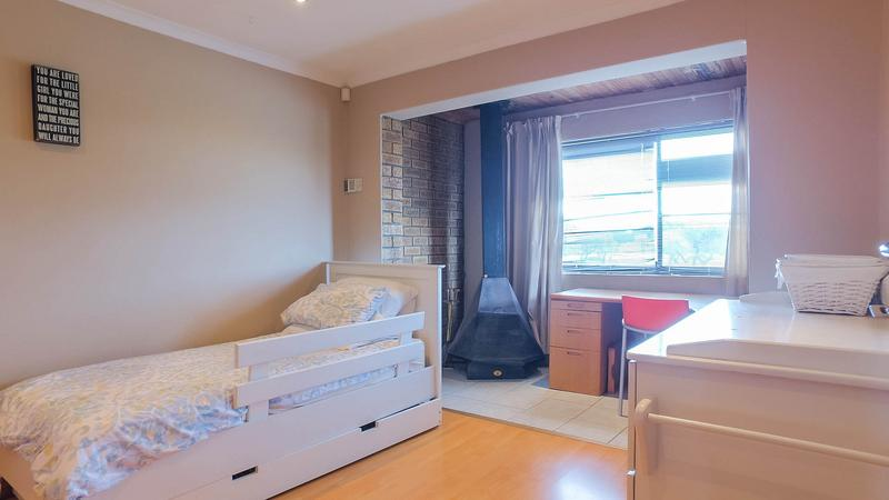 Property For Sale in Silvertown, Cape Town 13
