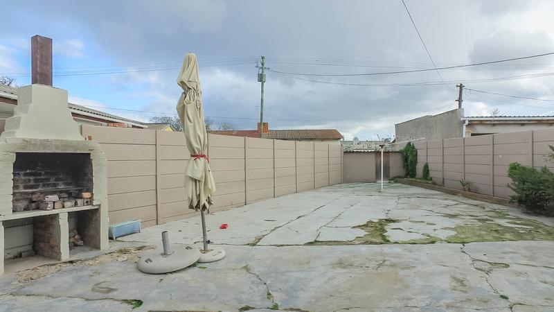 Property For Sale in Silvertown, Cape Town 26