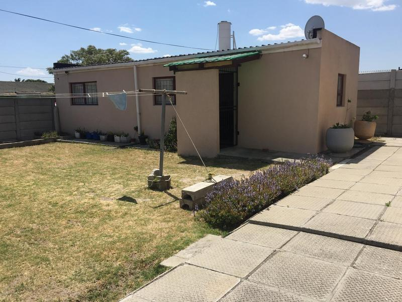 Property For Sale in Norwood, Elsies River 31