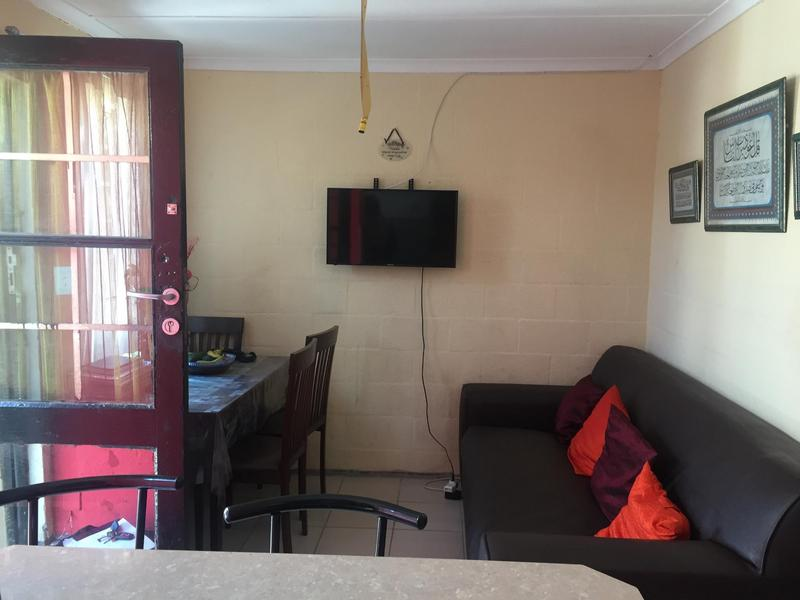 Property For Sale in Mitchell's Plain, Cape Town 14