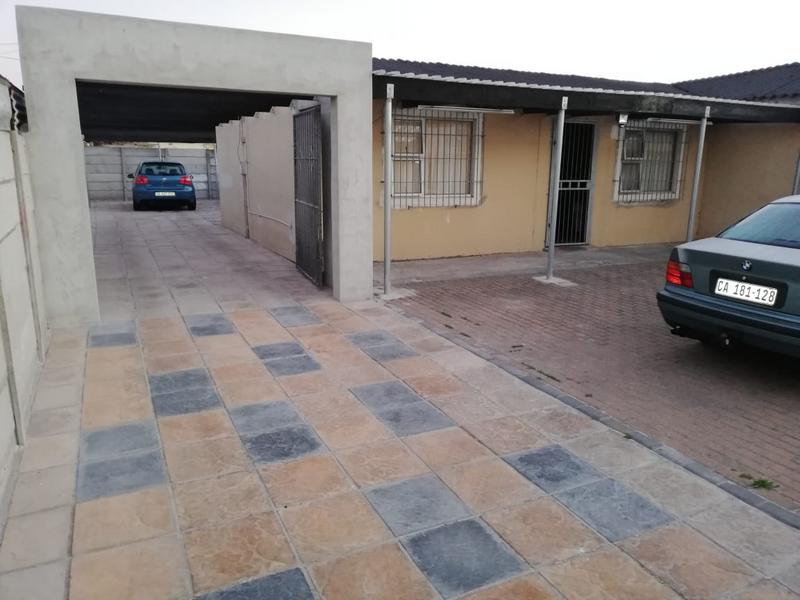 Property For Sale in Montague's Gift, Cape Town 5