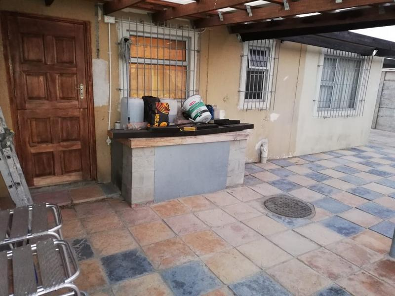 Property For Sale in Montague's Gift, Cape Town 7