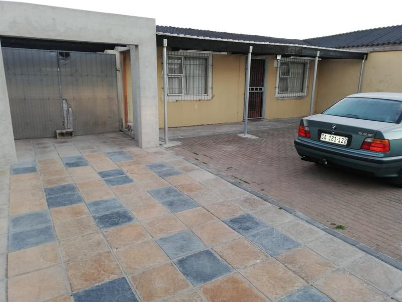 Property For Sale in Montague's Gift, Cape Town 4