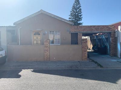 Property For Sale in Eastridge, Cape Town