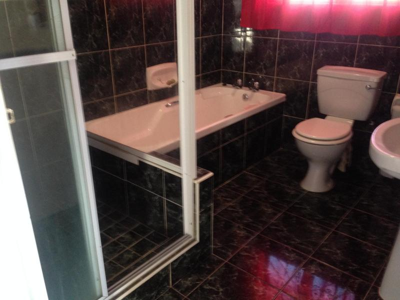 Property For Sale in Ottery, Cape Town 17