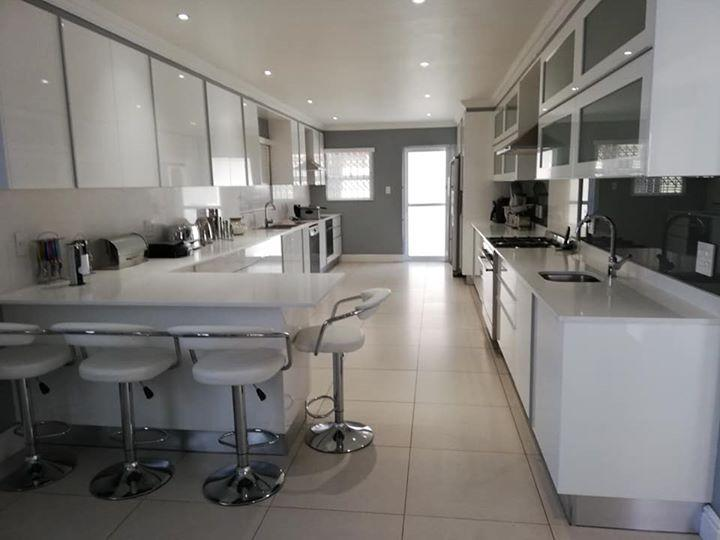 Property For Sale in Rondebosch East, Cape Town 2