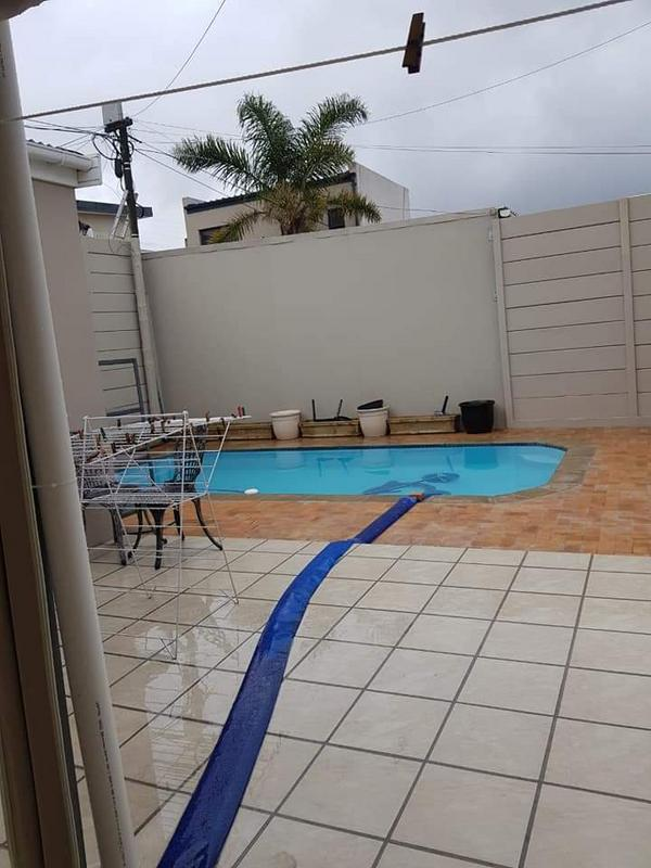 Property For Sale in Rondebosch East, Cape Town 20