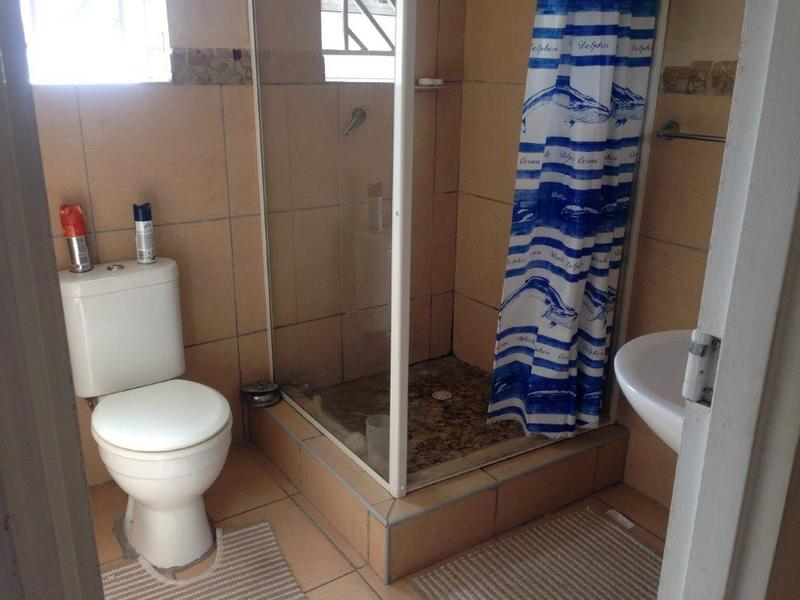 Property For Sale in Rondebosch East, Cape Town 14