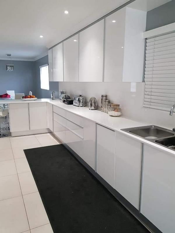 Property For Sale in Rondebosch East, Cape Town 7