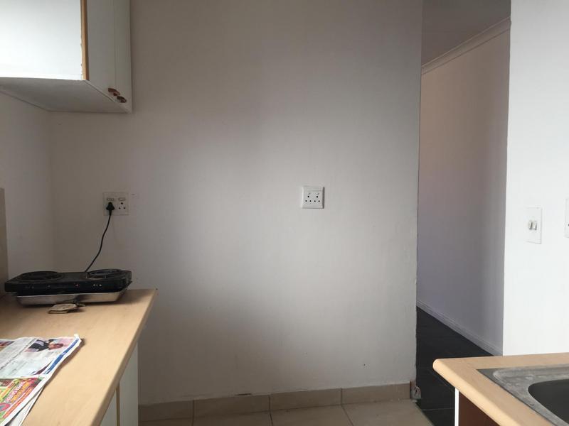 Property For Sale in Ikwezi Park, Khayelitsha 12