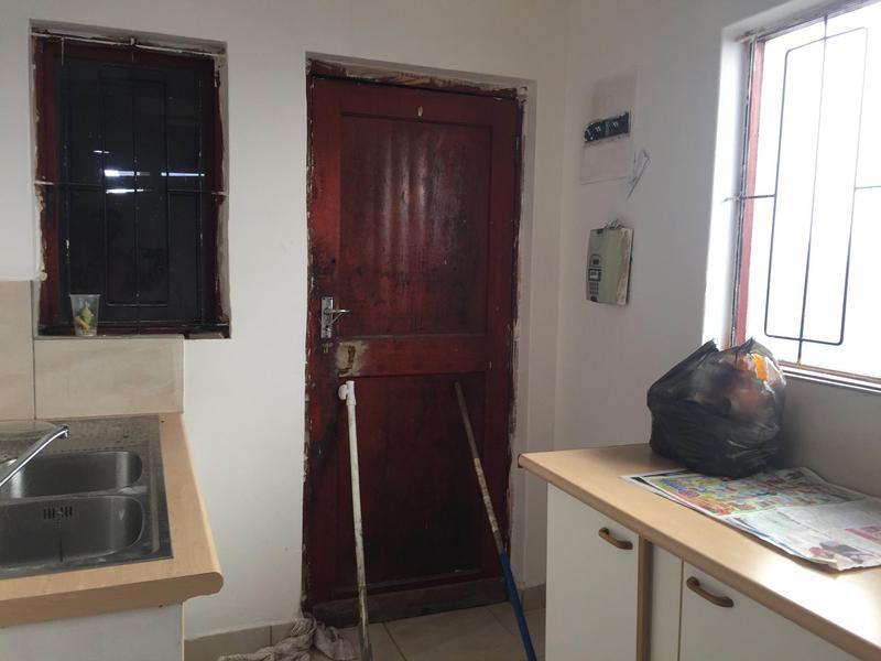 Property For Sale in Ikwezi Park, Khayelitsha 5