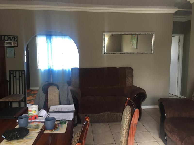 Property For Sale in Elnor, Elsies River 12