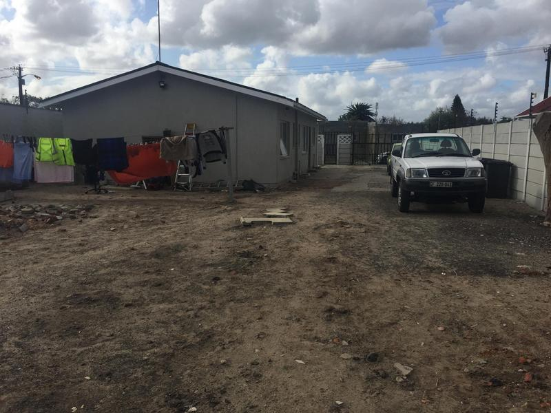 Property For Sale in Elnor, Elsies River 14