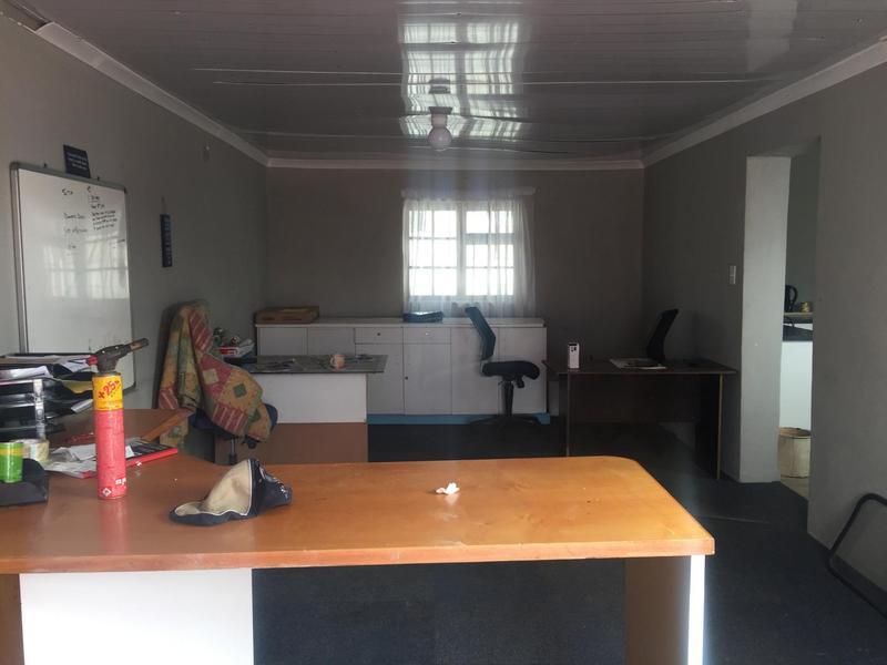 Property For Sale in Elnor, Elsies River 22