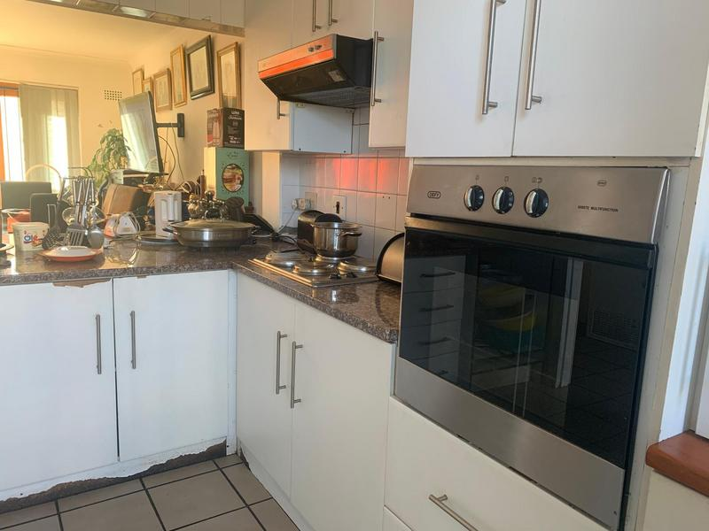 Property For Sale in Wynberg, Cape Town 3