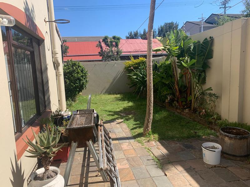 Property For Sale in Wynberg, Cape Town 25