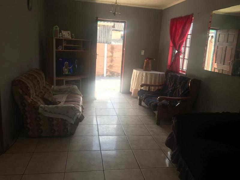 Property For Sale in Eastridge, Cape Town 7