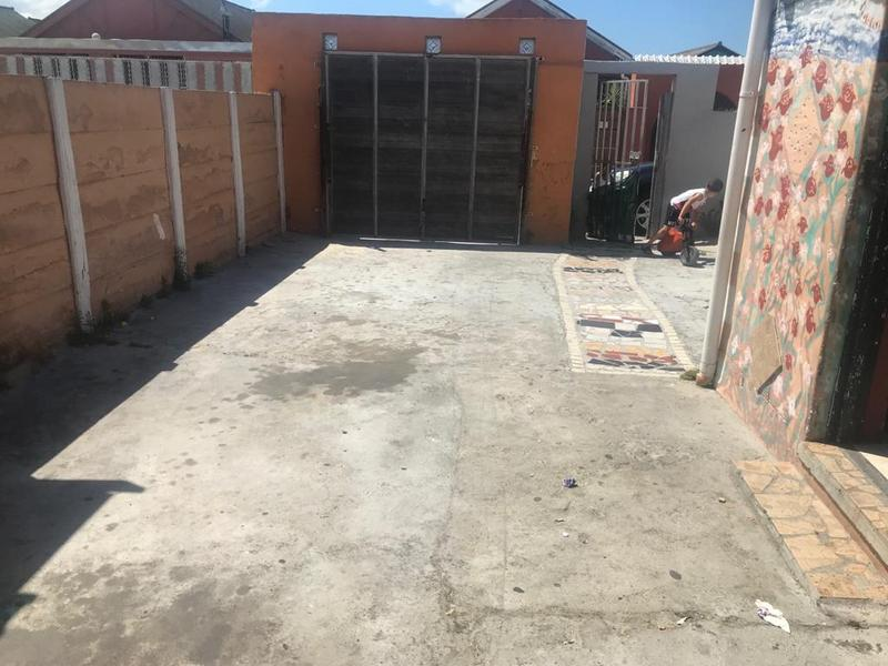 Property For Sale in Eastridge, Cape Town 14