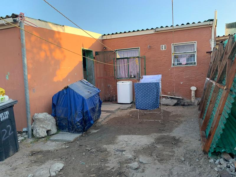 Property For Sale in Valhalla Park, Elsies River 2