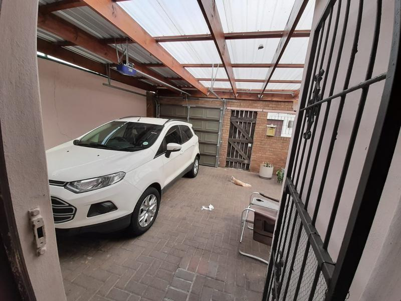 Property For Sale in Portlands, Cape Town 19