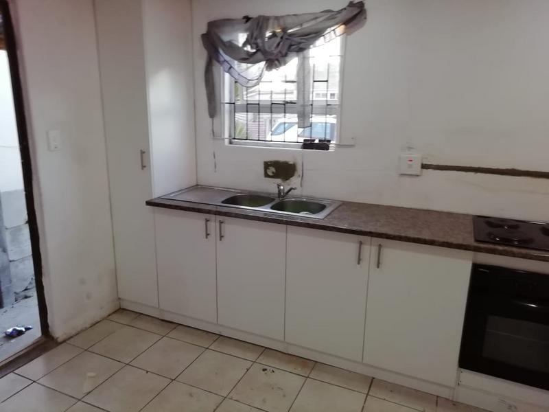 Property For Sale in Seawinds, Cape Town 4