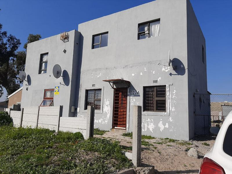 Property For Sale in Cravenby, Parow 1