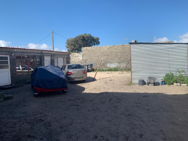 Property For Sale in Cravenby, Parow 5