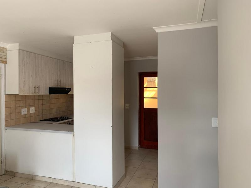 Property For Sale in Muizenberg, Cape Town 12