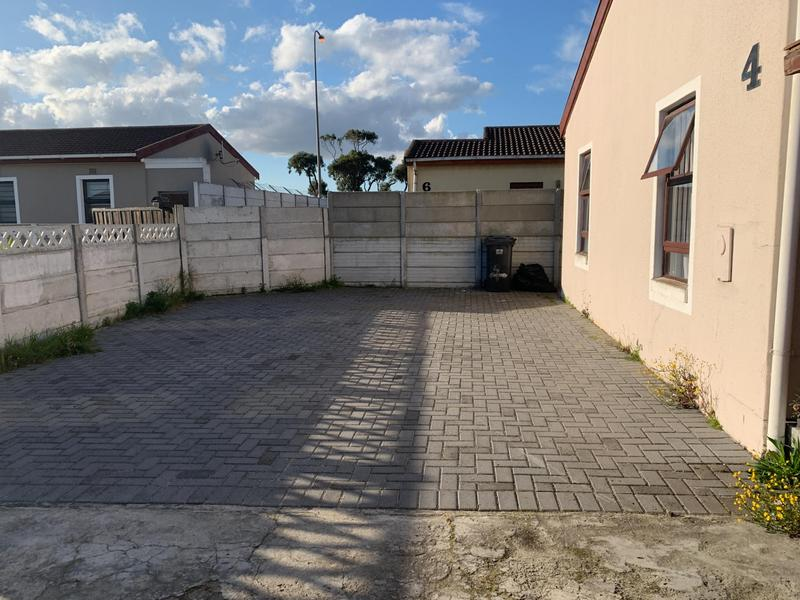 Property For Sale in Rondevlei, Cape Town 5